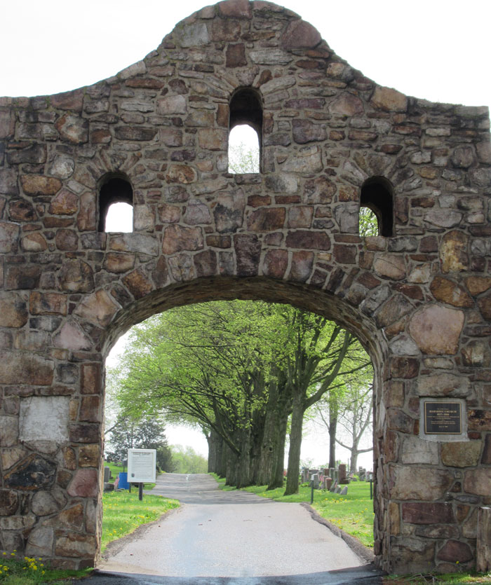 Milton Cemetery Entrance